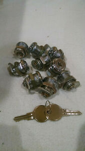 Vending Machine Locks And Keys 8 Lot Keyed Alike