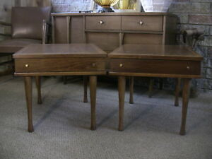 Vintage Mid Century Walnut End Tables Night Stands Drawers American Martinsville
