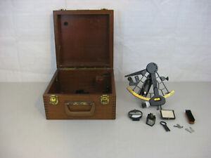 Vintage Weems Plath 61608 Uscg Issued Sextant Maritime Navigational Instrument