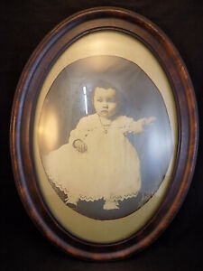 Vtg Large Bubble Convex Glass Oval Wood Wooden Picture Large Frame 23 X 17