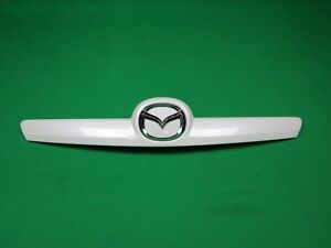 09 12 Mazda 6 Rear Trunk Lid Tail Gate Lift Garnish Trim Molding W Emblem White