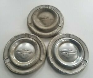 1962 62 Oldsmobile Hubcap Wheelcover Dog Dish