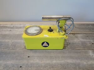 Victoreen Cdv 700 Model 6b Geiger Counter Cold War Prep Prepper Vintage