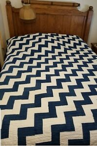 Primitive Antique Blue And Cream Endless Stairs Quilt 1870s 1880s 74 By 90