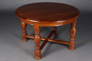 Gut Maintained Old Solid Table Pear Wood Extendable