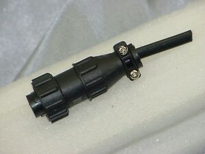 Amp 206429 1 Connector 206062 3 Cable Clamp With Pin 1 2 Wired 4 Holes