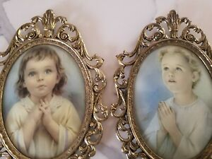 Vintage Ornate Gold Oval Convex Bubble Dome Glass Picture Frame Child Praying