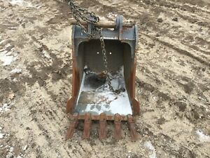 Used 24 Volvo Backhoe Bucket
