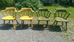 Set Of 4 Ethan Allen Dining Chairs Vintage Firehouse Windsor American Foliage