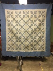 Vintage Blue And White Quilt 1930 S 73 By 75 Inches