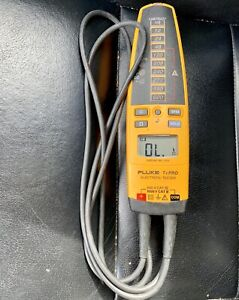 Pre owned Fluke T Pro Electrical Tester free Shipping
