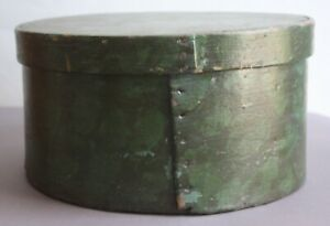 Rare Big Bold Early Maine Paint Decorated Vibrant Green Pantry Box Square Nails