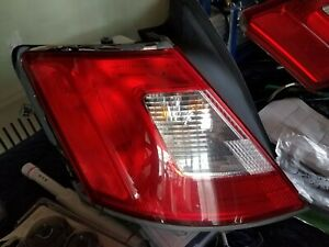 2010 2011 2012 10 12 Ford Taurus Oem Quarter Outer Tail Light Driver Left Lh