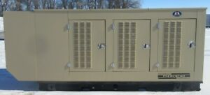 215 Kw Generac Hino Natural Gas Generator Ng Genset 493 Hours Mfg 2000