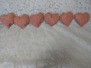 Set Of 6 Primitive Grungy Heart Bowl Fillers Ornies Red Cream Valentine S