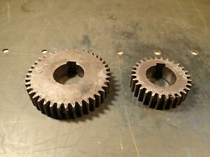 2 piece Lot Lathe Change Gears 1 1 4 Keyed Bore 3 4 Thick 28 40 Tooth Used