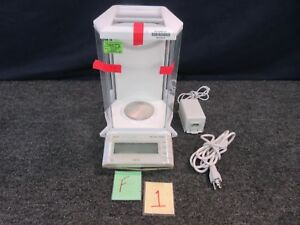 Mettler Toledo Laboratory Ag204 Analytical Balance Scale Sensitive Digital 210g