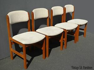 Set Of Four Vintage Benny Linden Design Danish Mid Century Modern Side Chairs
