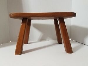Vintage Cushman Colonial Creation 9038 Stool Bennington Vermont Wooden