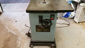 Delta wood shaper 3hp 240v single phase With Delta Mobile Base