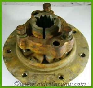 H220r H221r John Deere H Rear Hub With Clamp And Bolts bolts And Threads Good