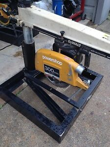 Dewalt Radial Arm Saw Model 7790 3 5 Hp 120volt 12 Blade 4 deep Cut 12 wide