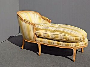 Vintage French Provincial Gold Chaise Lounge Settee Down Feathers Baker Style