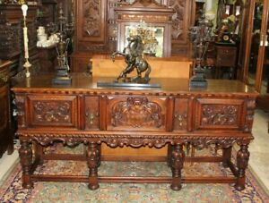 Exquisite Berkey Gay William Mary Style Inlaid Mahogany Sideboard Buffet