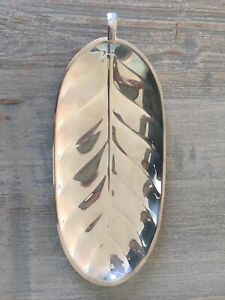 International Silver Co Banana Leaf Serving Tray 8151 Silver Plate 10