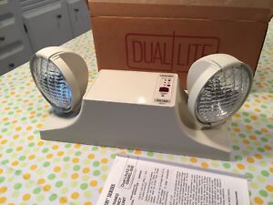 Dual lite Ez 2i Self Contained Emergency Lighting Unit Nos