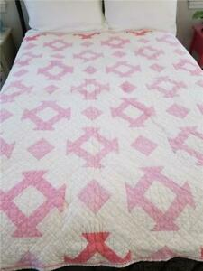 Beautiful Vintage Quilt Pink Hole In The Barn Or Churn Dash Hand Quilted 1930 S