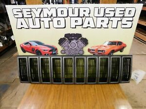 1984 1985 1986 1987 Jeep Cherokee Comanche Front Radiator Grille Black