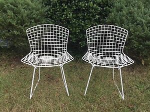 Pair 2 Vintage Harry Bertoia For Knoll Mid Century Mod Wire Dining Side Chairs