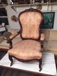 Antique Victorian Parlor Arm Chair Carved Walnut Beautiful Pick Up Houston Area