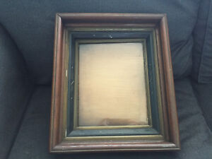 Antique Deep Well Spoon Carved Wooden Picture Frame W Gold Victorian Walnut
