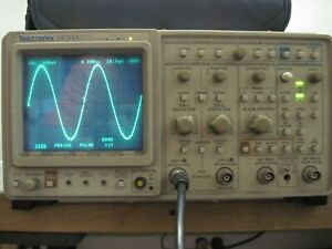 Tektronix 2430a Digital Oscilloscope With Reference Guide User Guide