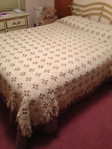 Gorgeous Antique Hand Crocheted Bedspread Double Or Queen Size