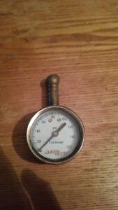 Vtg Accu Gage 160 Psi Dial Tire Gauge