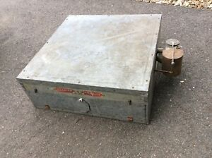 Very Nice Vtg the Old Trusty Incubator Chicken Duck Goose Hatcher