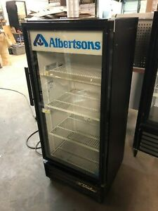 True Gdm 10 58 Single 1 Door Glass Black Refrigerator Cooler Drink Food Drinks