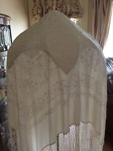 Antique Manton Spanish Flamenco Victorian Piano Shawl Ivory Embroidered Fringed