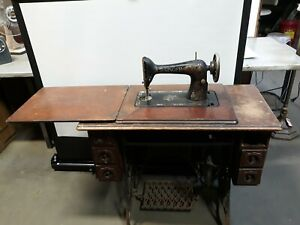 Singer 1917 Red Eye Treadle Sewing Machine Cabinet For Parts Repair G5521498