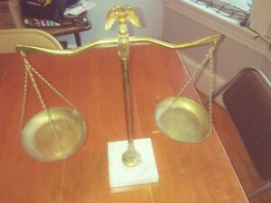 Vtg Balance Scale Of Justice Brass Marble Base