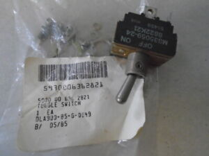 1 Ea Nos Eaton Toggle Switch W Various Applications P n Ms35059 24