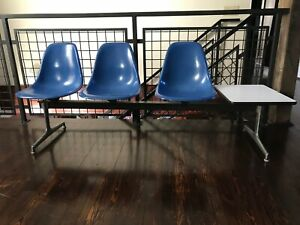 Vintage Herman Miller Eames Tandem Base With 3 Fiberglass Chairs And Table Set 2