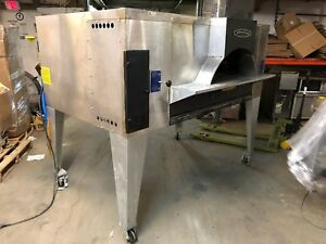2007 Bakers Pride Fc 816 Nat Gas Pizza Oven Cordierite Deck 140 000 Btu
