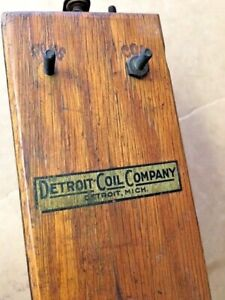 Detroit Hit Miss Buzz Coil High Tension Magneto Engine Gas Motor Spark Plug