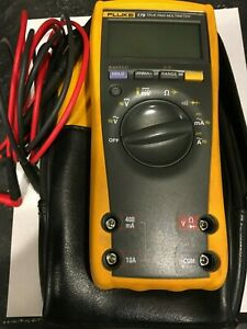 Fluke 179 True Rms Multimeter With Tl224 Leads Tp220 Probes Case