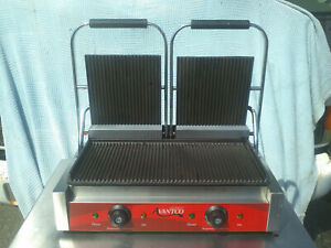 Avantco P84 Double Commercial Panini Sandwich Grill With Grooved Plates