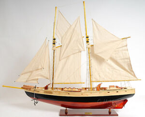 38 X 33 Bluenose Ii Schooner Sailboat Wooden Painted Model Ship Assembled